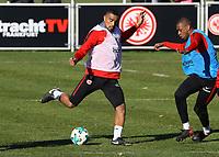 Kevin-Prince Boateng (Eintracht Frankfurt) gegen Gelson Fernandes (Eintracht Frankfurt) - 30.01.2018: Eintracht Frankfurt Training, Commerzbank Arena