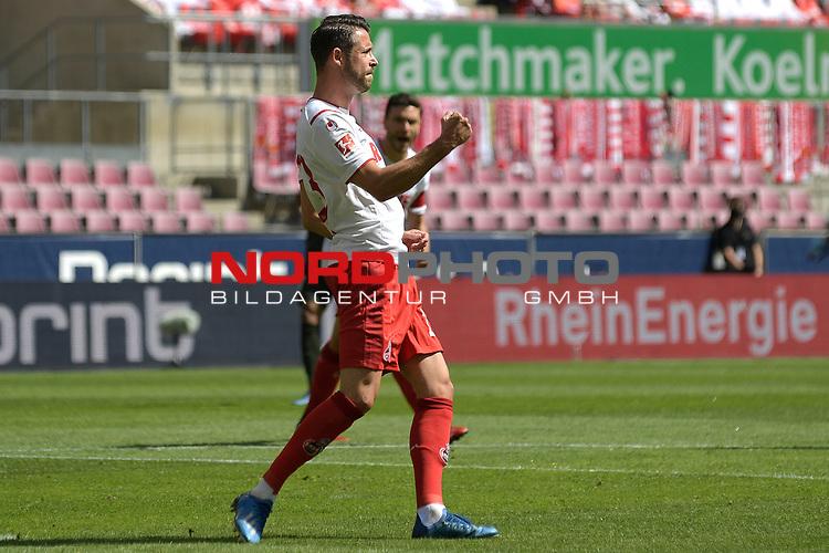nph00351: Torjubel Mark UTH (1.FC Koeln) nach Tor zum <br /> 1-0 per Elfmeter,Strafstoss.<br /> Sport: Fussball: 1. Bundesliga: Saison 19/20: 26.Spieltag: 1.FC KOELN-FSV MAINZ 05,17.05.2020.<br /> Foto: Anke Waelischmiller/SVEN SIMON/POOL / via Meuter/nordphoto<br /> <br /> Nur für journalistische Zwecke! Only for editorial use!<br /> Gemäß den Vorgaben der DFL Deutsche Fußball Liga ist es untersagt, in dem Stadion und/oder vom Spiel angefertigte Fotoaufnahmen in Form von Sequenzbildern und/oder videoähnlichen Fotostrecken zu verwerten bzw. verwerten zu lassen. DFL regulations prohibit any use of photographs as image sequences and/or quasi-video.
