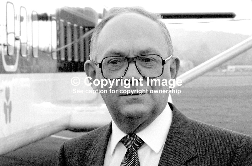Dennis Head, operations director, Short Brothers plc, Belfast, N Ireland, 19840032DH2..Copyright Image from Victor Patterson, 54 Dorchester Park, Belfast, UK, BT9 6RJ..Tel: +44 28 9066 1296.Mob: +44 7802 353836.Voicemail +44 20 8816 7153.Skype: victorpattersonbelfast.Email: victorpatterson@me.com.Email: victorpatterson@ireland.com (back-up)..IMPORTANT: If you wish to use this image or any other of my images please go to www.victorpatterson.com and click on the Terms & Conditions. Then contact me by email or phone with the reference number(s) of the image(s) concerned.