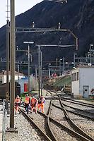 Switzerland. Canton Ticino. Bellinzona. Officine FFS. Stabilimento Industriale SBB CFF FFS Cargo. Railway workers on strike. Building's occupation.  © 2008 Didier Ruef