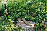 """France, Domaine de Chaumont-sur-Loire, Festival International des Jardins 2018 sur le thème """"Jardins de la pensée"""", jardin """"Pensées jardinières"""" par Willery & Garbe"""