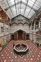 Europe/France/Auverne/63/Puy-de-Dôme/Le Mont-Dore : Les Thermes du Mont-Dore de style néo-byzantin dont Les charpentes ont étées réalisées par Gustave Eiffel