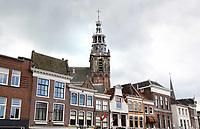 Nederland Gouda  2017.  Huizen aan de Markt in Gouda. De Sint Janskerk. Foto Berlinda van Dam / Hollandse Hoogte