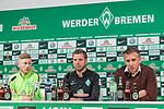 11.01.2018, Weserstadion, Bremen, GER, 1.FBL, Pressekonferenz Werder Bremen, <br /> <br /> im Bild<br /> &Uuml;bersicht, Florian Kainz (Werder Bremen #7), Florian Kohfeldt (Trainer SV Werder Bremen), Frank Baumann (Geschaeftsfuehrer Sport Werder Bremen), <br /> <br /> Foto &copy; nordphoto / Ewert