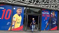 illustration du PSG Megastore au Parc des Princes a l effigie de NeymarNegozio Paris Saint Germain con maglie Neymar <br /> 04-08-2017 Parco dei Principi <br /> Calcio Ligue 1 2017/2018 <br /> Foto Bibard/ Panoramic/Insidefoto
