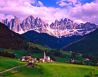 Val di Funes and Dolomite Peaks, Dolomites, Puez Geisler Nature Park, South Tyrol, Italy
