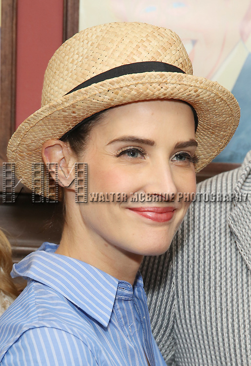 Cobie Smulders attends the Sardi's Caricature Unveiling for Kate Burton joining the Legendary Wall of Fame at Sardi's on June 28, 2017 in New York City.