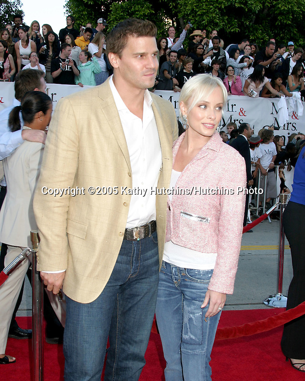 David Boreanaz.Jamie Bergman.Mr & Mrs. Smith Premiere.Mann's Village Theater.Westwood, CA.June 7, 2005.©2005 Kathy Hutchins / Hutchins Photo