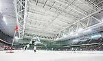 Stockholm 2015-03-14 Bandy SM-final herrar Sandvikens AIK - V&auml;ster&aring;s SK :  <br /> Vy &ouml;ver Tele2 Arena  med publik och tomma l&auml;ktarsektioner n&auml;r V&auml;ster&aring;s Johan Esplund sl&aring;r en h&ouml;rna under matchen mellan Sandvikens AIK och V&auml;ster&aring;s SK <br /> (Foto: Kenta J&ouml;nsson) Nyckelord:  SM SM-final final Bandyfinal Bandyfinalen herr herrar VSK V&auml;ster&aring;s SAIK Sandviken inomhus interi&ouml;r interior supporter fans publik supporters