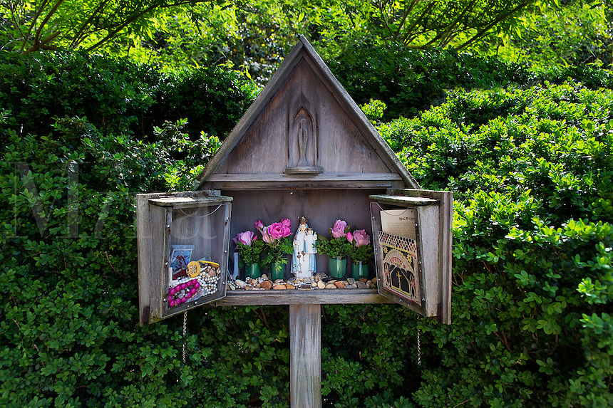 Small shrine dedicated to the Virgin Mary, St Mary's Catholic Church, Annapolis, Maryland, USA