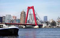 Nederland Rotterdam 26 maart 2018. De Willemsbrug over de Maas. Foto Berlinda van Dam / Hollandse Hoogte
