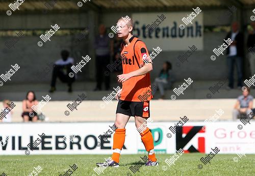 2010-09-05 / Seizoen 2010-2011 / Voetbal / Willebroek-Meerhof / Cedric Dellevoet..Foto: mpics