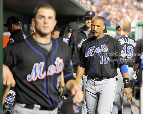 Washington, D.C. - July 21, 2009 -- New York Mets David Wright (5) and Gary Sheffield (10) leave the dugout following their team's 4 - 0 loss to the Washington Nationals at Nationals Park in Washington, D.C. on Tuesday, July 21, 2009..Credit: Ron Sachs / CNP.(RESTRICTION: NO New York or New Jersey Newspapers or newspapers within a 75 mile radius of New York City)