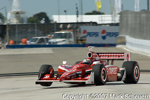31 August 2007: Scott Dixon (NZL) at the Detroit Belle Isle Grand Prix, Detroit, Michigan.