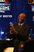 Jerry Rice <br /> NFL Hall of Fame PK *** Local Caption *** Foto ist honorarpflichtig! zzgl. gesetzl. MwSt. Auf Anfrage in hoeherer Qualitaet/Aufloesung. Belegexemplar an: Marc Schueler, Alte Weinstrasse 1, 61352 Bad Homburg, Tel. +49 (0) 151 11 65 49 88, www.gameday-mediaservices.de. Email: marc.schueler@gameday-mediaservices.de, Bankverbindung: Volksbank Bergstrasse, Kto.: 52137306, BLZ: 50890000