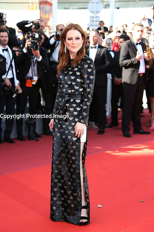JULIANNE MOORE<br /> Okja Red Carpet Arrivals - The 70th Annual Cannes Film Festival<br /> CANNES, FRANCE - MAY 19: attends the 'Okja' screening during the 70th annual Cannes Film Festival at Palais des Festivals on May 19, 2017 in Cannes