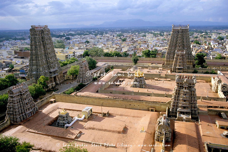Meenakshi Amman Temple and cityscape of Madurai, Tamil Nadu, India.