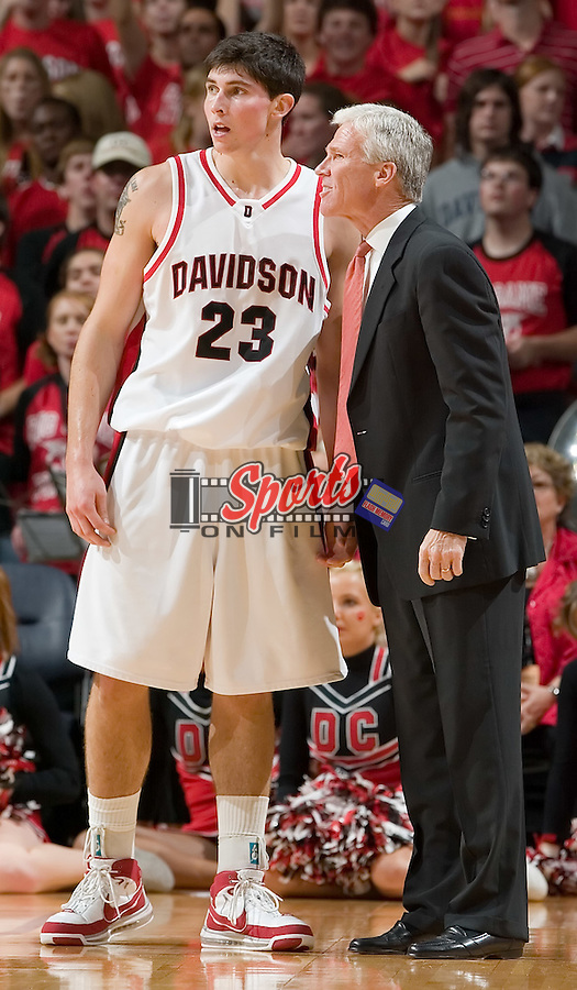 Davidson Wildcats head coach Bob McKillop gives instructions to Davidson's Stephen Rossiter (23) during first half action versus the North Carolina Tar Heels at Bobcats Arena on Wednesday, November 14, 2007 in Charlotte, NC.