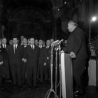 Salle du Capitole. Le 2 et 3 février 1962. Vue de Michel Debré et de Louis Bazerque en conférence de presse dans la salle du Capitole.