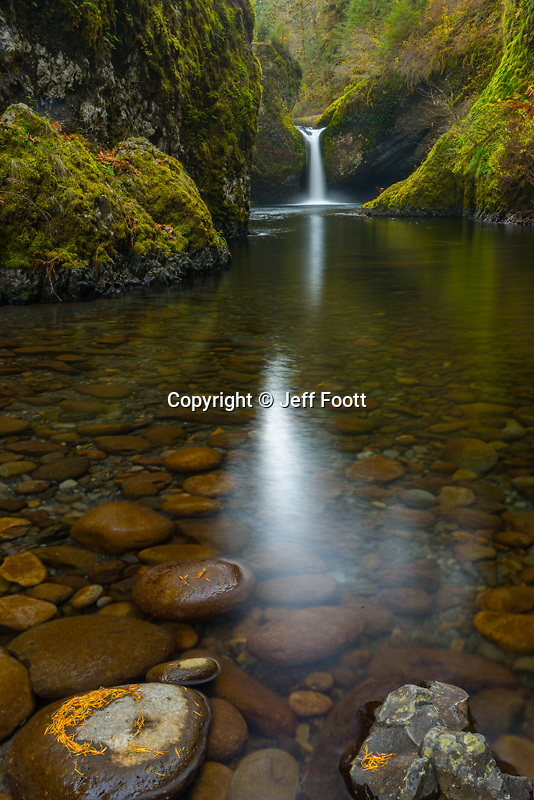 Punchbowl Falls, Columbia River Gorge, fall, Oregon, OR