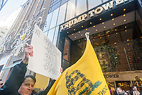 Activists rally in front of Trump Tower in New York on Sunday, December 20, 2015 in support of U.S. Presidential candidate Donald Trump.  (© Richard B. Levine)