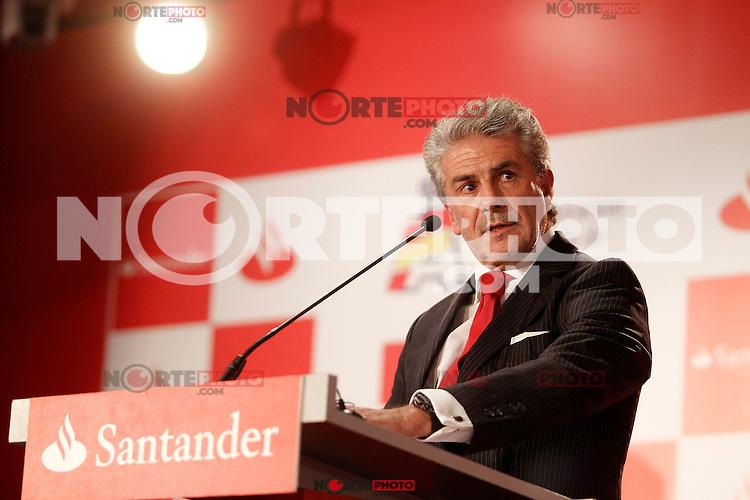Enrique Garcia Candelas, director of Retail Banking Spain of Banco Santander during the gala Santander  Karting Champions 2012..(Alterphotos/Acero) NortePhoto