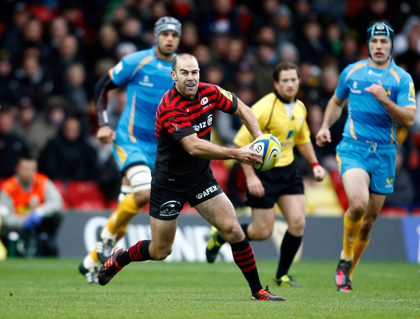 Photo: Richard Lane/Richard Lane Photography. Saracens v London Wasps. Aviva Premiership. 04/11/2012. Saracens' Charlie Hodgson.