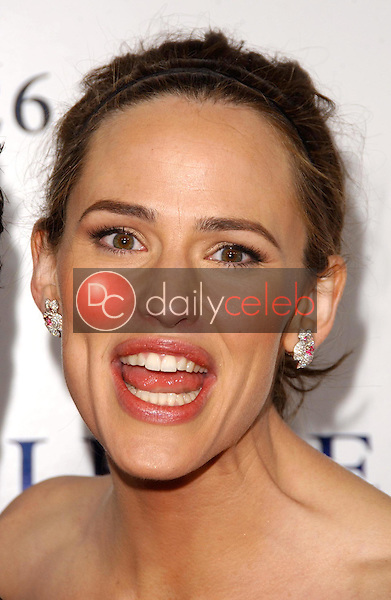 """Jennifer Garner<br />at the world premiere of """"Catch and Release"""". The Egyptian Theatre, Hollywood, CA. 01-22-07<br />Dave Edwards/DailyCeleb.com 818-249-4998"""