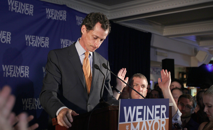 Democratic mayoral hopeful Anthony Weiner makes his concession speech at Connolly's Pub in midtown Tuesday, September 10, 2013 in New York.(AP Photo/ Donald Traill)