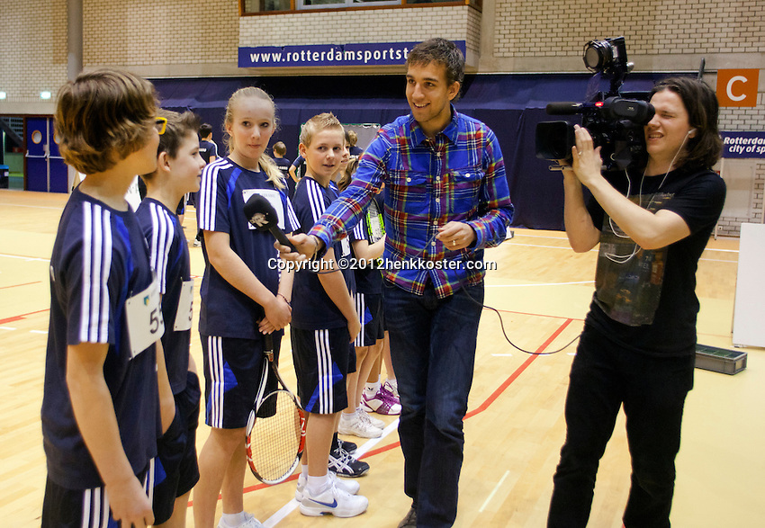 03-01-12, Tennis, Rotterdam, Topsportcentrum, Selection ballkids fot the upcomming ABMAMROWTT