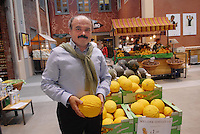 - Eataly, market for the sale of quality Italian food, te founder Oscar Farinetti<br />