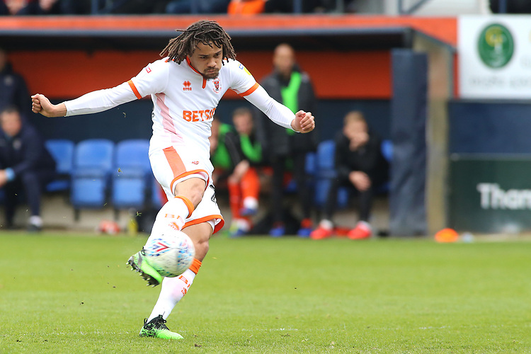 Blackpool's Nya Kirby scores his side's first goal  to make it 1-1<br /> <br /> Photographer David Shipman/CameraSport<br /> <br /> The EFL Sky Bet League One - Luton Town v Blackpool - Saturday 6th April 2019 - Kenilworth Road - Luton<br /> <br /> World Copyright © 2019 CameraSport. All rights reserved. 43 Linden Ave. Countesthorpe. Leicester. England. LE8 5PG - Tel: +44 (0) 116 277 4147 - admin@camerasport.com - www.camerasport.com