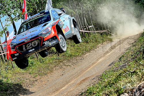02.07.2016. Mikolajki, Poland. WRC Rally of Poland, stages 12-17.  Thierry Neuville (BEL) – Nicolas Gilsoul (BEL) - Hyundai i20 WRC