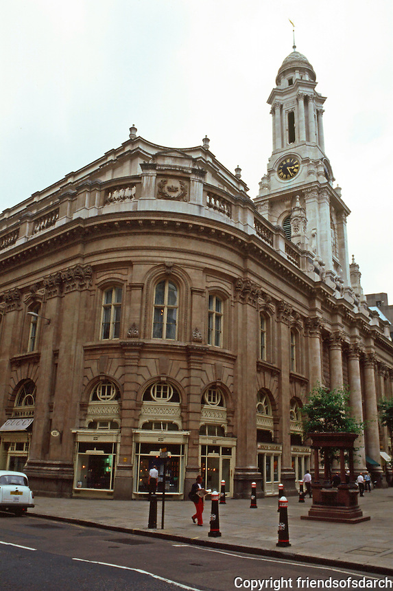 London:  Royal Exchange. Sir William Tite 1841-1845. Baroque spire befitting a church.  Rear of building. From Cornhill. Photo '90.