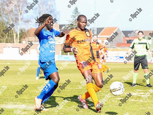 2016-03-13/ Voetbal / seizoen 2015-2016 / KFC Duffel - K.OVC Sterrebeek / Camara Abdoulaye (l.K.OVC Sterrebeek) met Shabi Sulaiman Abimbola Foto: Mpics.be