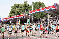 Nederland  Nijmegen  2016. De Vierdaagse van Nijmegen. Tribunes op de Via Gladiola.  Foto Berlinda van Dam / Hollandse Hoogte