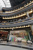 Einkaufs- und Kulturzentrum Alte Brauerei (Stary Browar) in Posnan (Posen), Woiwodschaft Gro&szlig;polen (Wojew&oacute;dztwo wielkopolskie), Polen Europa<br /> Shopping- and cultural center &quot;Old Brewery&quot; (Stary Browar)  in Posnan, Poland, Europe