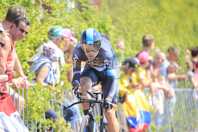 Philip Deignan (IRL) Team Sky in action during Stage 1 of the 2016 Giro d'Italia, an individual time trial of 9.8km around Apeldoorn, The Nethrerlands. 6th May 2016.<br /> Picture: Eoin Clarke | Newsfile<br /> <br /> <br /> All photos usage must carry mandatory copyright credit (&copy; Newsfile | Eoin Clarke)