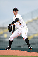 Bradenton Marauders pitcher Jason Creasy (27) delivers a pitch during a game against the Palm Beach Cardinals on April 8, 2014 at McKechnie Field in Bradenton, Florida.  Bradenton defeated Palm Beach 4-3.  (Mike Janes/Four Seam Images)
