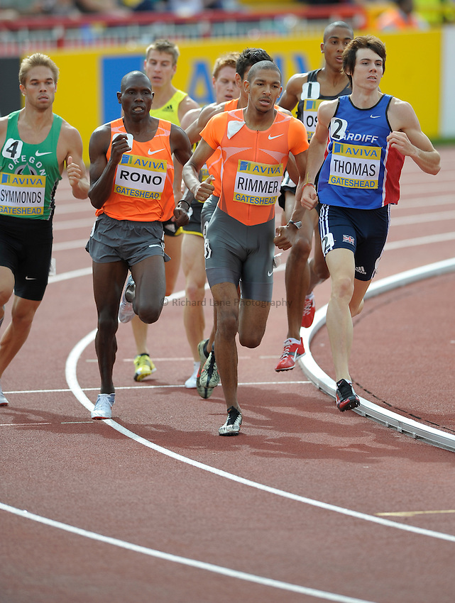 Photo: Ady Kerry/Richard Lane Photography..Aviva British Grand Prix. 31/08/2009. .Michael Rimmer and Joe Thomas in the 800m.