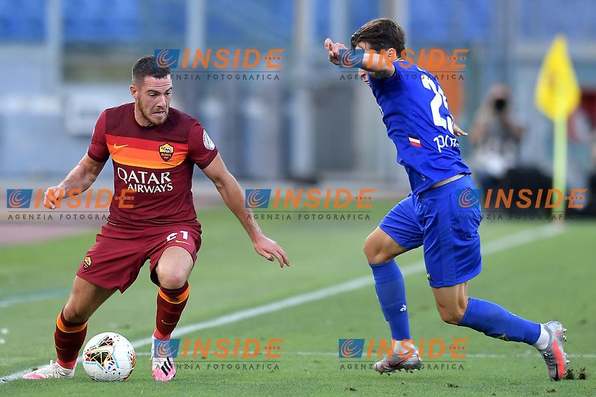 Jordan Veretout of AS Roma and Federico Chiesa of ACF Fiorentina compete for the ball during the Serie A football match between AS Roma and ACF Fiorentina at stadio Olimpico in Roma (Italy), July 26th, 2020. Play resumes behind closed doors following the outbreak of the coronavirus disease. <br /> Photo Antonietta Baldassarre / Insidefoto