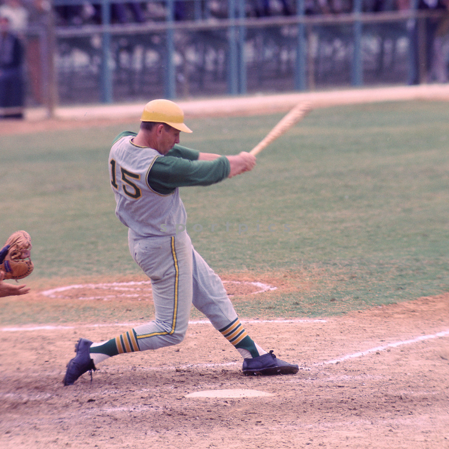 Oakland A's Joe Rudi (15) during a game from his 1968 season. Joe Rudi played for 16 season with 3 different teams and was a 3-time All-Star.(SportPics)