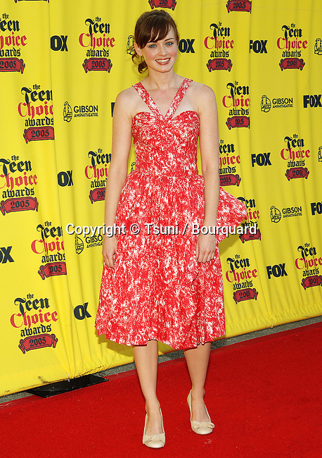Alexis Bledel at the Teen Choice Awards at the Universal Amphitheater in Los Angeles. August 14, 2005.