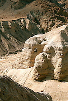 Between 1947 and 1956, 900 documents were discovered in the caves of Qumran on the northwest shore of the Dead Sea in Israel. Looking down on the Wadi (dry river bed) Qumran you can clearly see Cave 4, where several hundred of the Dead Sea Scrolls were found.