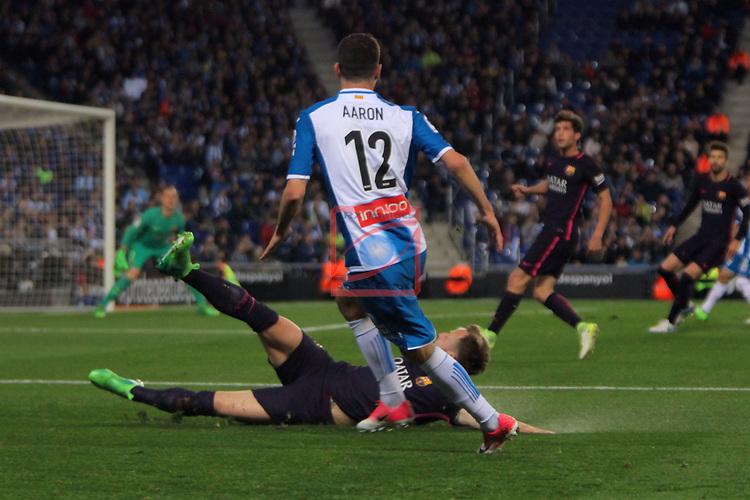 League Santander 2016/2017. Game: 35.<br /> RCD Espanyol vs FC Barcelona: 0-3.<br /> Aaron vs Ivan Rakitic.