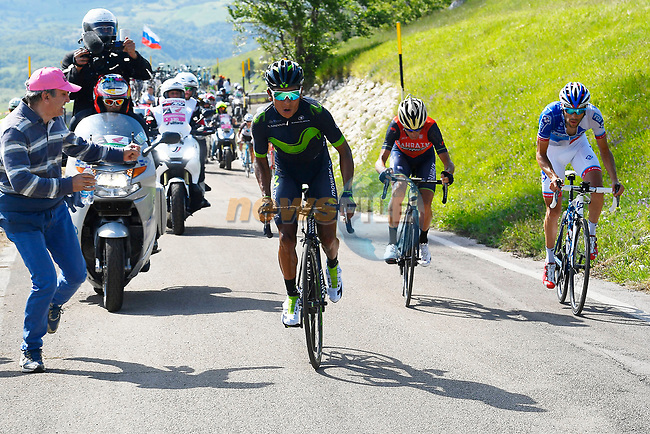 Nairo Quintana (COL) Movistar Team attacks Vincenzo Nibali (ITA) Bahrain-Merida and Thibaut Pinot (FRA) FDJ near the end of Stage 9 of the 100th edition of the Giro d'Italia 2017, running 149km from Montenero di Bisaccia to Blockhaus, Italy. 14th May 2017.<br /> Picture: LaPresse/Fabio Ferrari | Cyclefile<br /> <br /> <br /> All photos usage must carry mandatory copyright credit (&copy; Cyclefile | LaPresse/Fabio Ferrari)