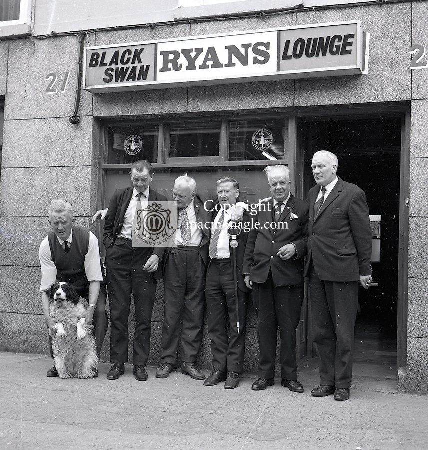 Opening of The Black Swan pub..Picture by Donal MacMonagle
