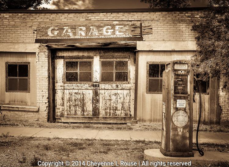The Garage - Utah - Old rusty, gas pumps