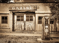 The Garage - Utah - Old rusty, gas pumps