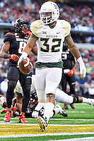 Baylor running back Shock Linwood (32) rushes in for a touchdown during NCAA Football game, Saturday, November 29, 2014 in Arlington, Tex. (Mo Khursheed/TFV Media via AP Images)